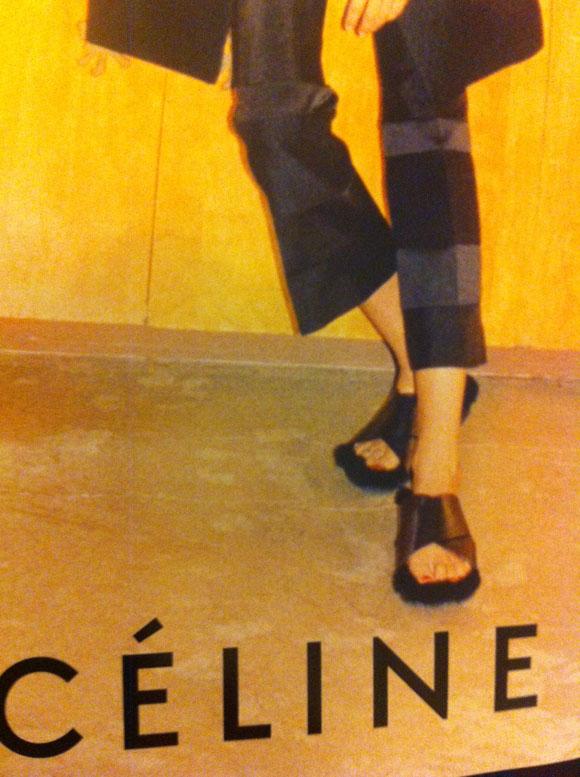 Sandália na campanha Verão/13 da Céline