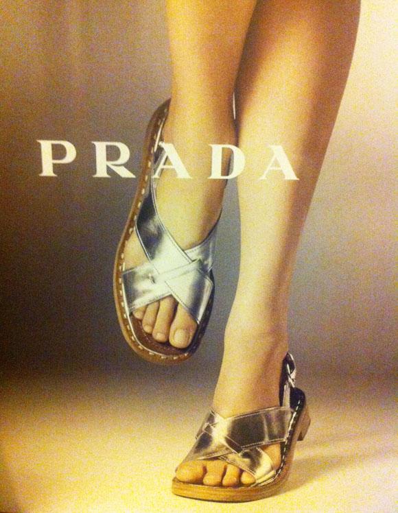 Sandália na campanha Verão/13 da Prada