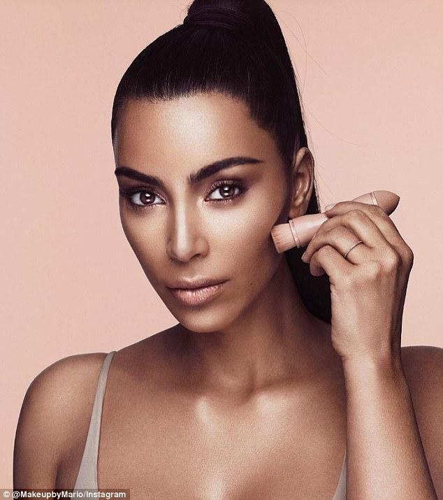 KKW Beauty Kim Kardashian Maquiagem 01