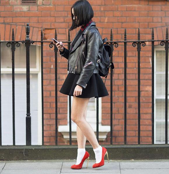 Moda Tendencia Scarpin Meia 01 Street Style